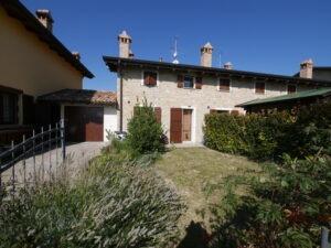 Appartamento a Maranello? Meglio la villetta con giardino a Serramazzoni!